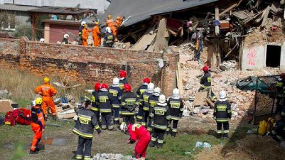 Derrumbe de un edificio en Polonia.