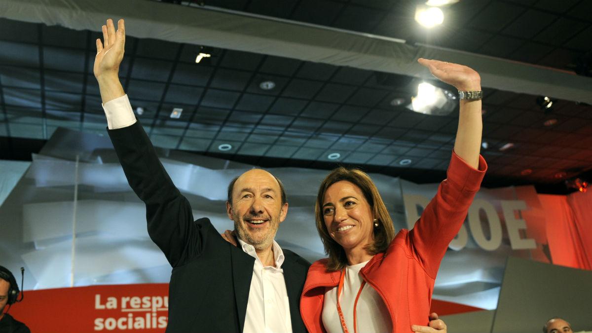 Alfredo Pérez Rubalcaba y Carmen Chacón, en 2012 (Foto: EFE)