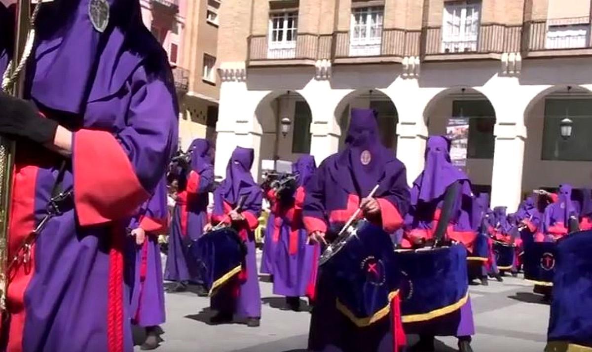Semana Santa Huesca  Foto de archivo)