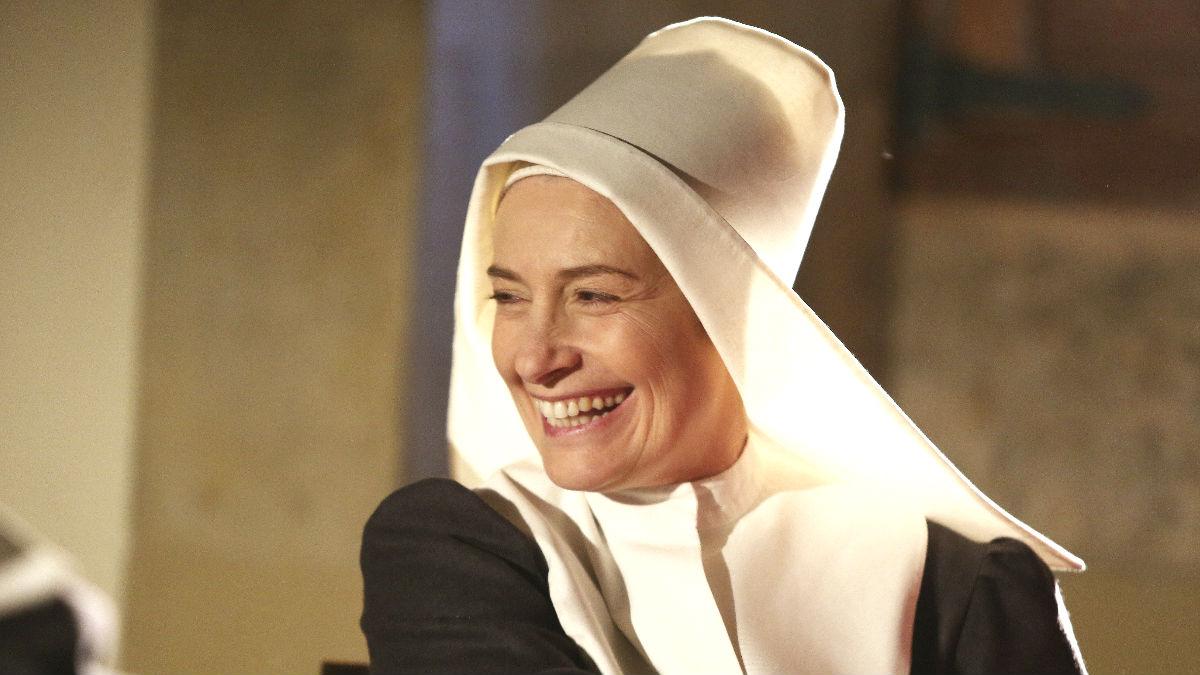 Assumpta Serna en el rodaje de su última película, en la que encarna a una religiosa (Efe).