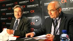El ex presidente de Caixa Catalunya, Narcís Serra, y el ex director general, Adolf Todó. (Foto: EFE)