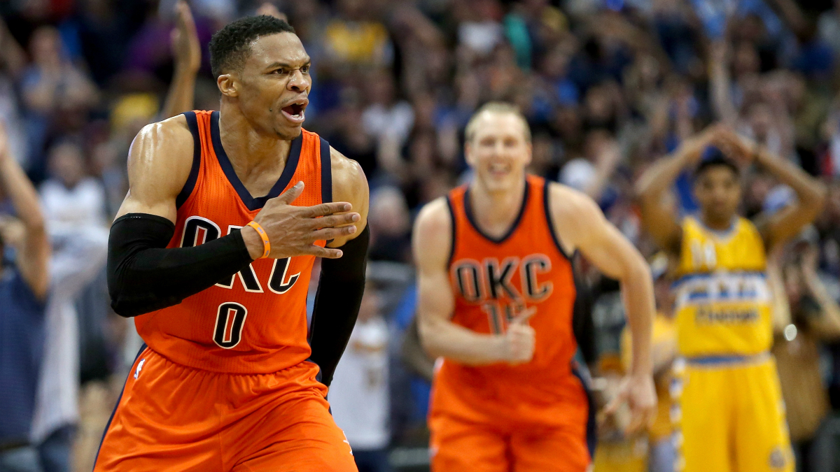 Westbrook celebra su canasta ganadora. (Getty)