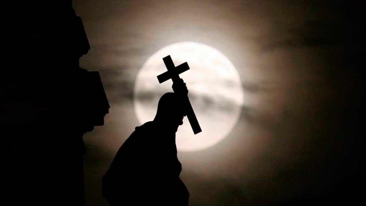 Semana Santa: Luna
