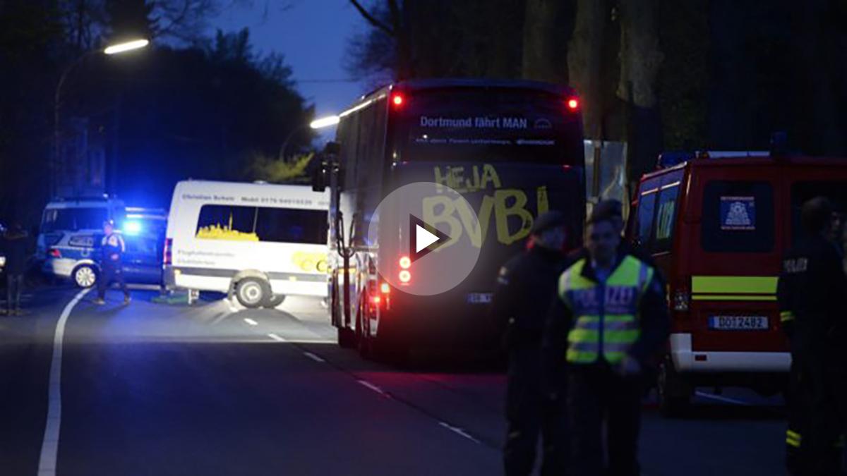 El autobús del Dortmund sufrió tres explosiones de camino al estadio. (AFP)
