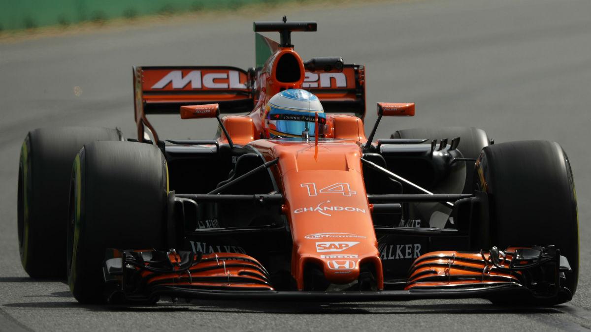 El McLaren Honda de Fernando Alonso recibirá la última evolución del propulsor japonés en los test posteriores al Gran Premio de Bahrein. (Getty)