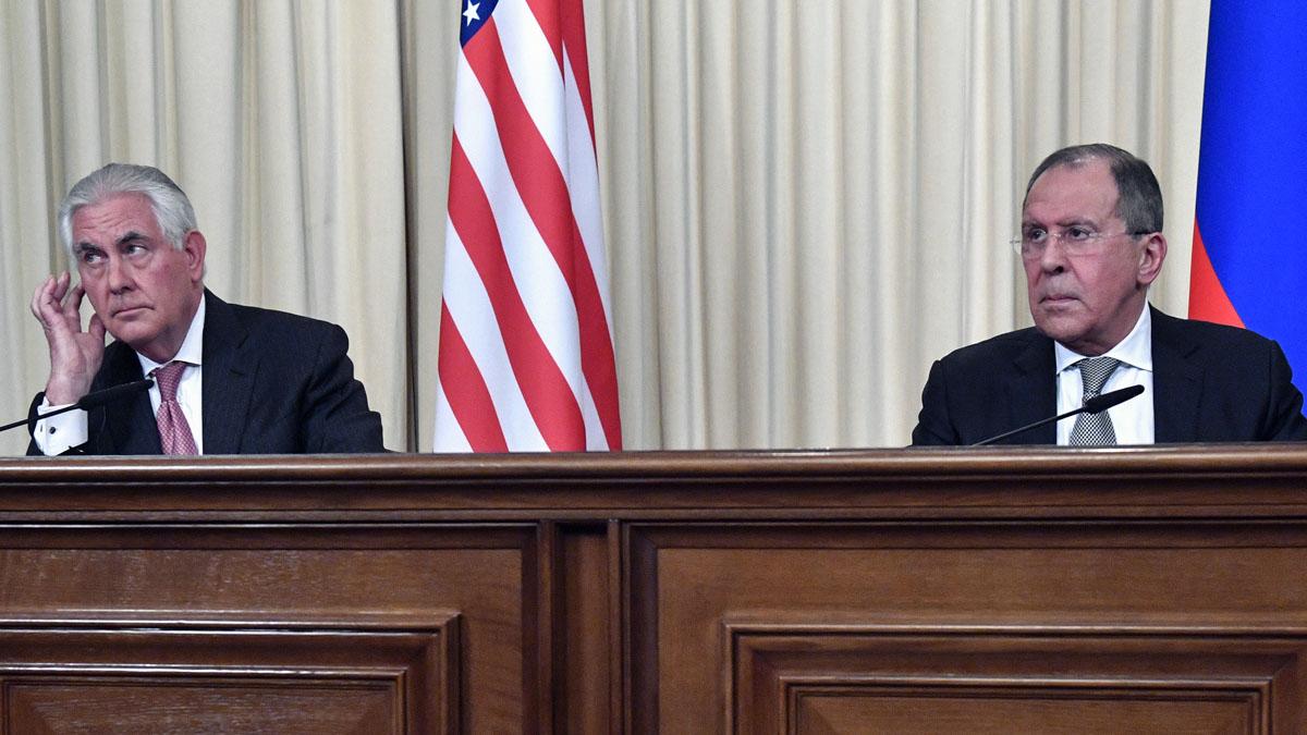 Rex Tillerson y Sergei Lavrov en el Kremlin (Foto: AFP)
