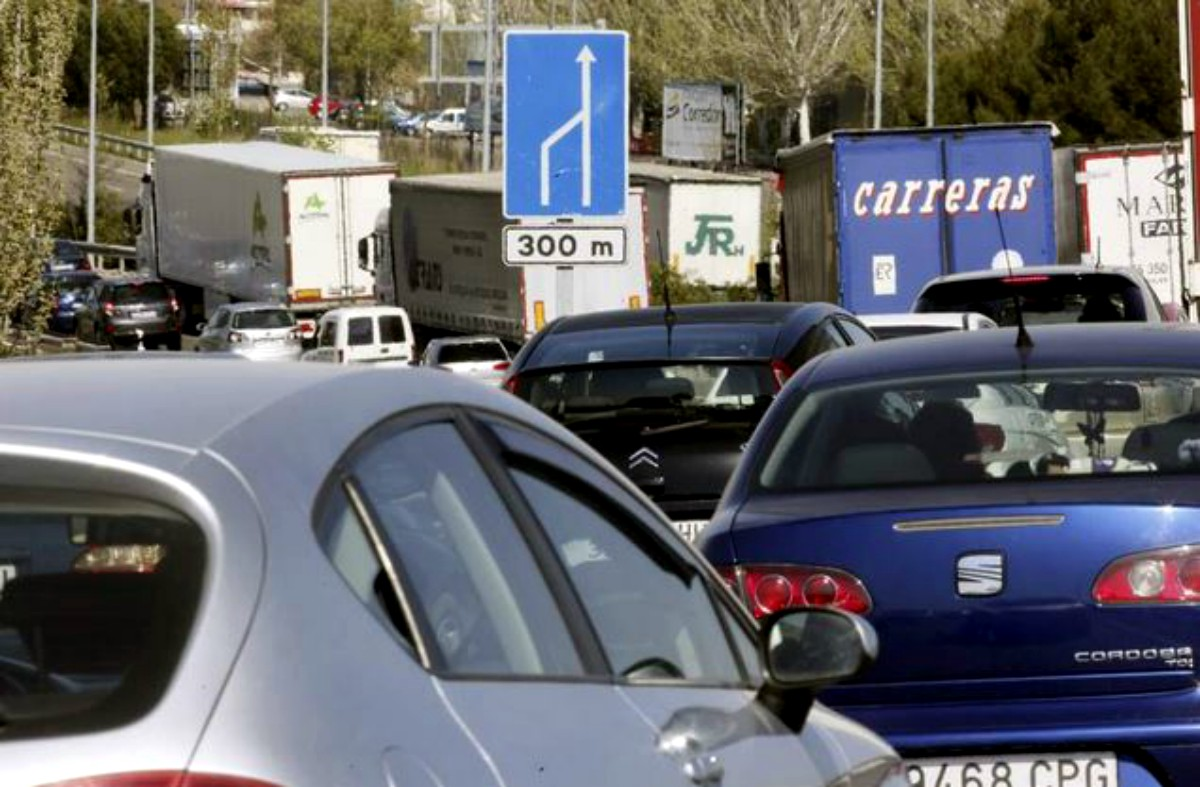 Semana Santa 2017: consejos para conducir en caravana