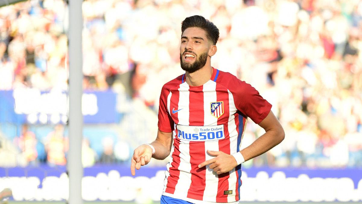 Carrasco lideró la victoria del Atlético con un doblete. (AFP)