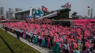 Corea del Norte celebra el aniversario del nacimiento del abuelo del actual líder norcoreano Kim Jong-un. Foto: AFP