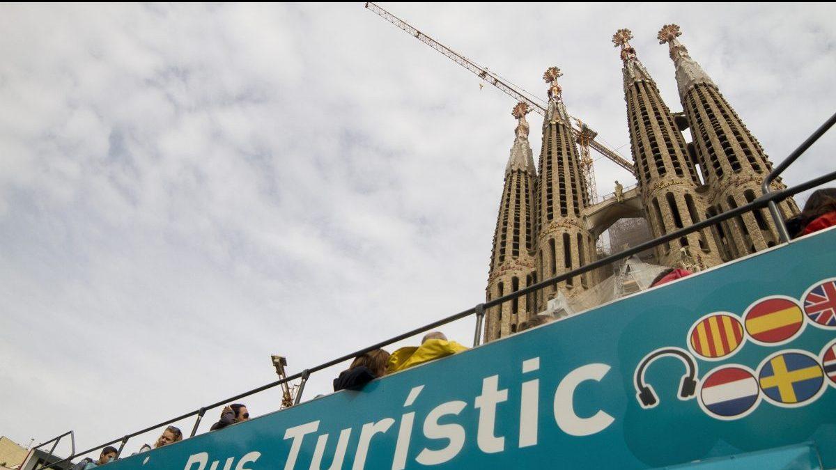 Bus turístico en Barcelona (Foto: Getty)