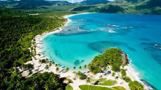 Playa en la península de Samaná (República Dominicana).
