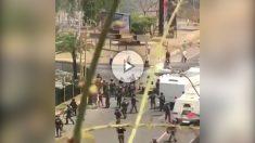 La fuerzas de Maduro reprimen y cargan contra 'la madre de las marchas' en distintos puntos de Caracas