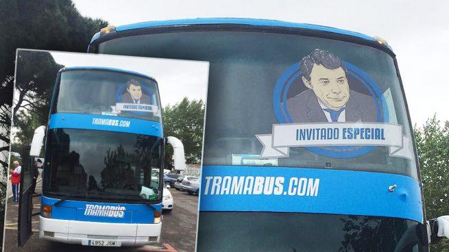 El odiobús añade de manera oportunista una imagen de Ignacio González en su frontal