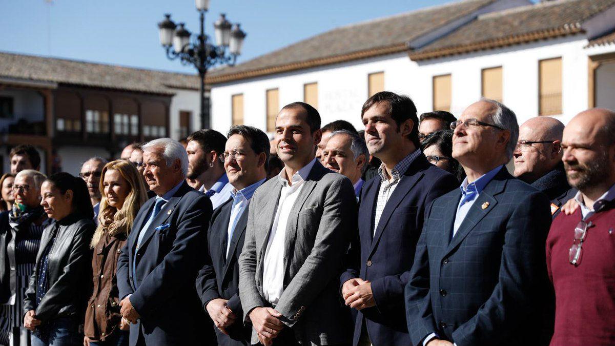 Ignacio Aguado junto al alcalde de Valdemoro Guillermo Gross (C's Madrid).