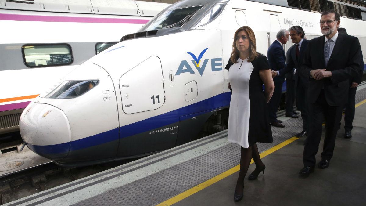 Rajoy, con Susana Díaz, en un reciente viaje a Sevilla.