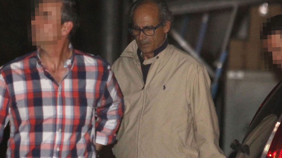 Edmundo Rodríguez detenido por la Guardia Civil. EFE
