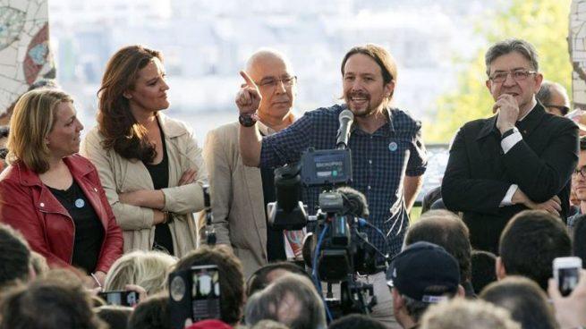 Pablo Iglesias apoyando en Francia a Jean-Lucn Mélenchon.