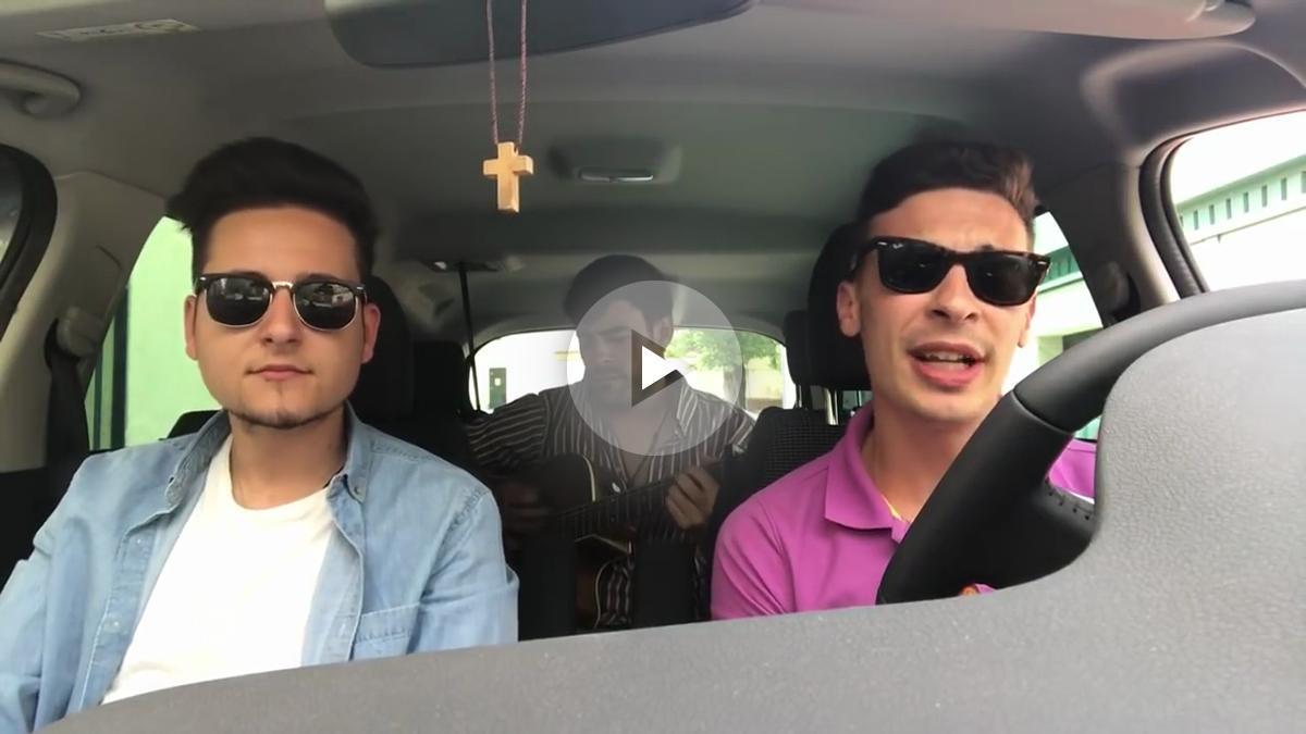 Los tres jóvenes católicos que han versionado a Luis Fonsi con 'Resucito'