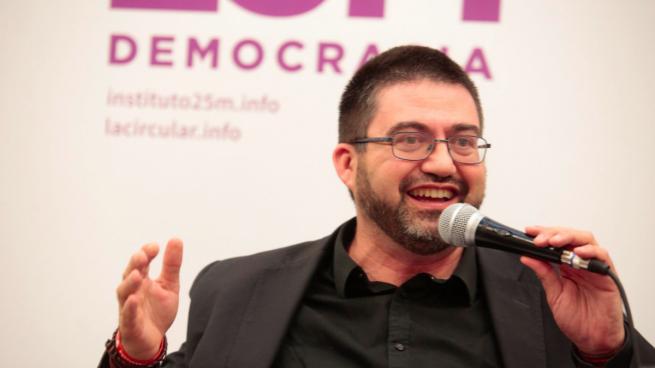"""Sánchez Mato se reivindica """"comunista y cristiano"""" en una carta contra el cura que criticó a Colau"""