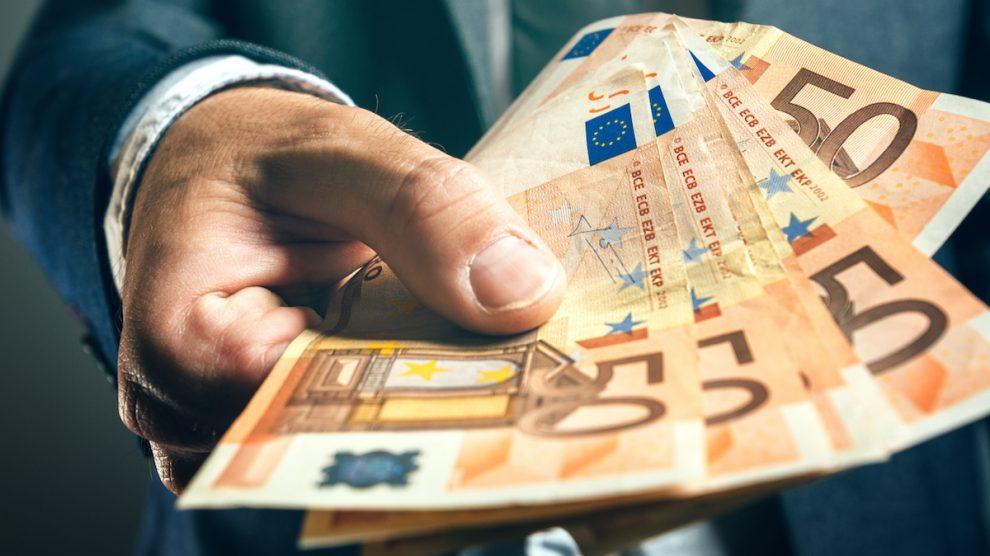 Cae el crédito de la banca a empresas y familias. (Foto: iStock Images)