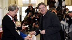 Jean-Luc Mélenchon votando (Foto: AFP)