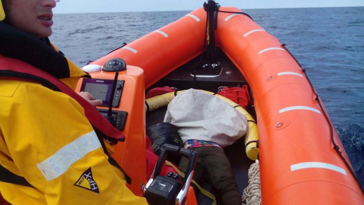 La ONG Proactiva Open Arms, en su rescate de náufragos frente a las costas de Lesbos (Grecia).