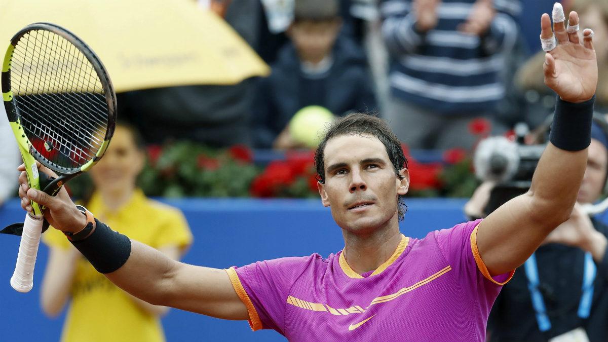 Rafa Nadal celebra su victoria en el Godó. (EFE)