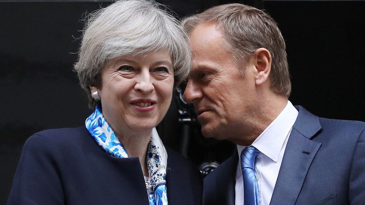Theresa May y Donald Tusk en Downing Street (Foto. Getty)