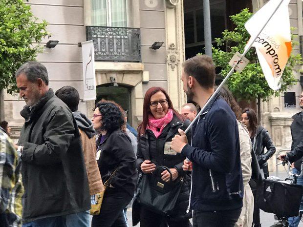 """Ultras de Compromís agreden a la columnista de OKDIARIO Cristina Seguí al grito de """"¡fuera españoles!"""""""