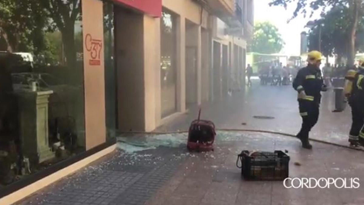 La Policía trabaja en el lugar de la explosión en Córdoba (Cordópolis)