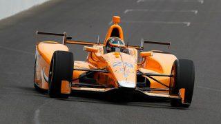 Alonso, a los mandos del Dalara DV12. (Twitter)