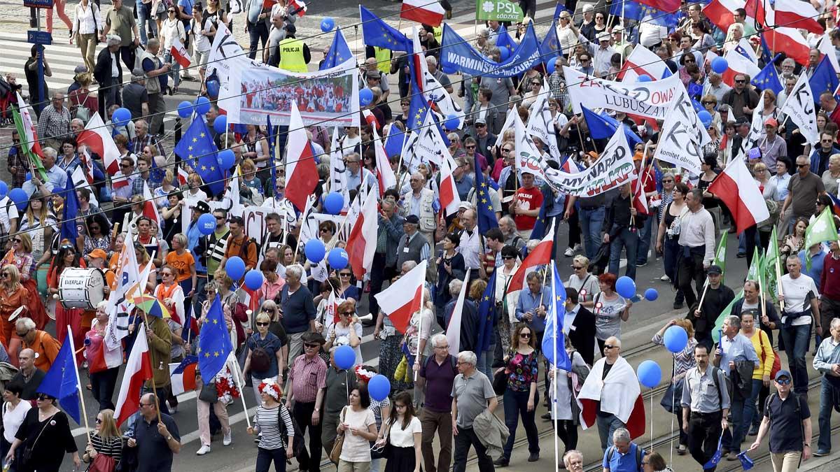 Manifestación en Polonia contra el Gobierno euroescéptico (Foto: AFP)