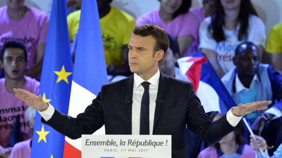 Emmanuel Macron durante uno de sus discursos electorales en Francia (Foto: Getty)