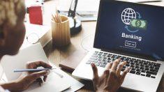 Un cliente de banca online operando a través de internet (Foto: Istock)