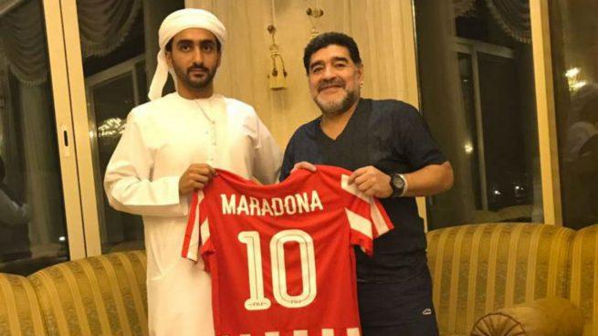 Maradona se convierte en nuevo entrenador del Al Fujairah