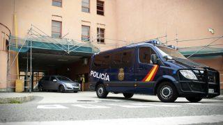 Policía de La Coruña. (Foto: EFE)