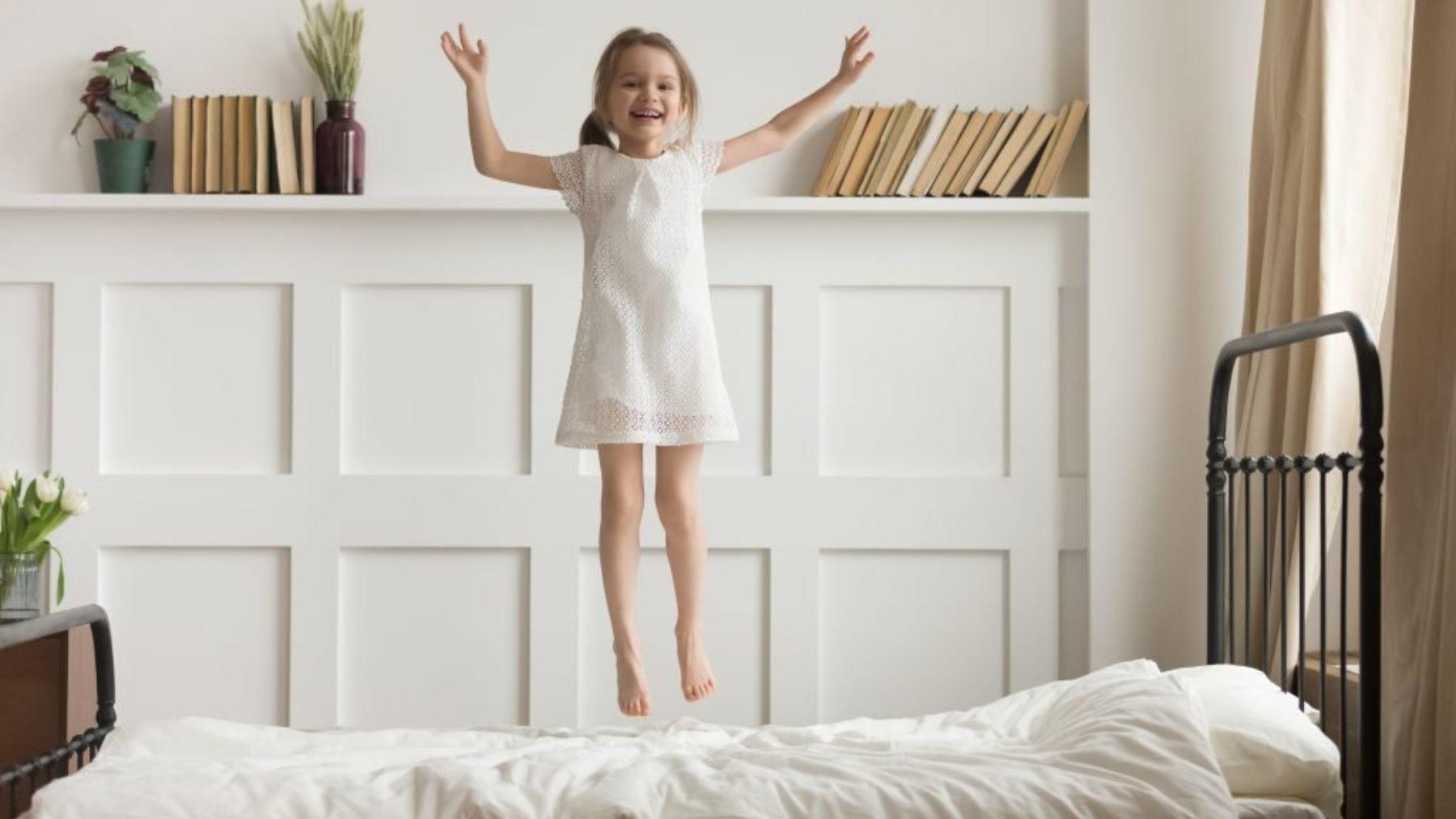 Descubramos los mejores remedios para evitar que los niños se caigan de la cama