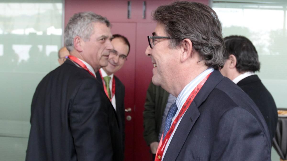Villar y Jorge Pérez se cruzan en una imagen reciente.