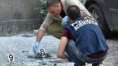 Miembros de la Policía científica de Roma recoge pruebas en el lugar de las explosiones. Foto: Twitter