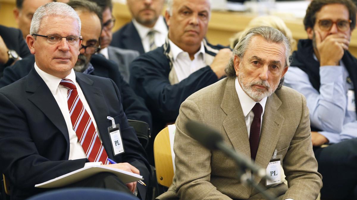 Pablo Crespo y Francisco Correa. (Foto: AFP)
