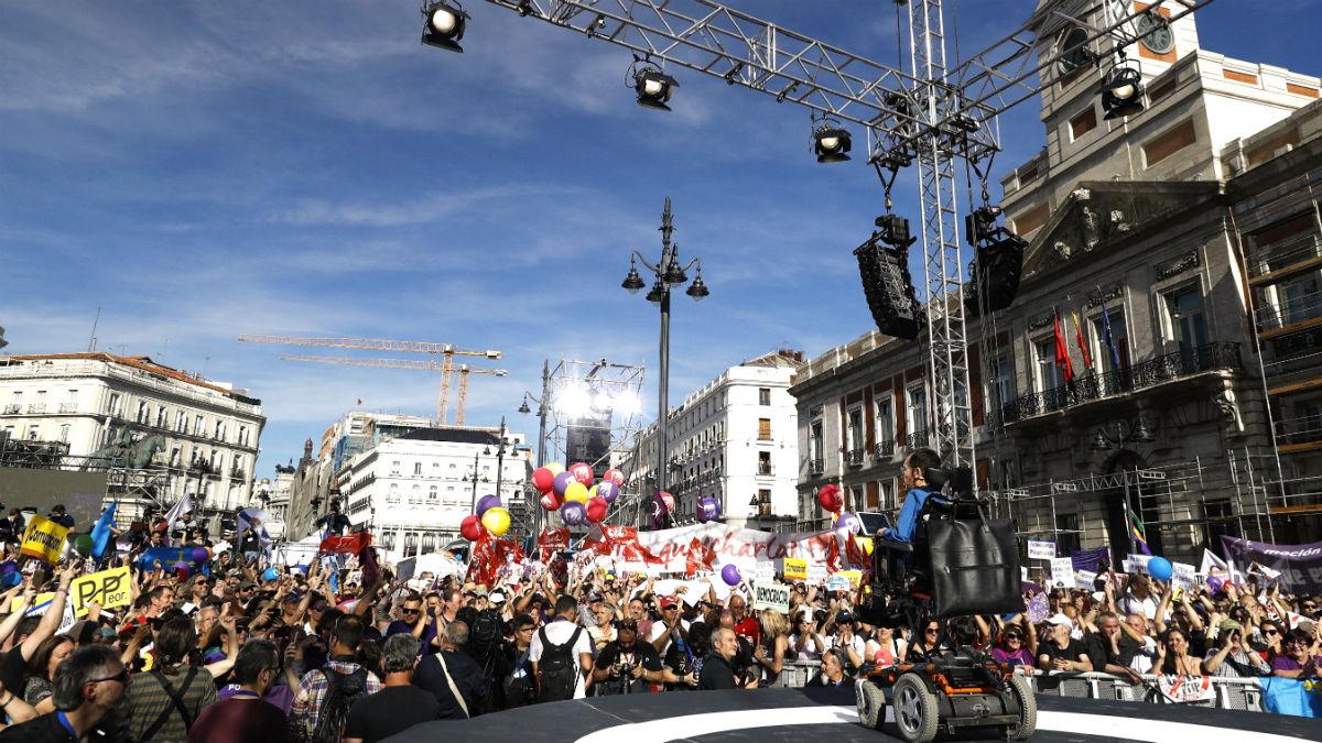 Pablo Echenique, en el acto organizado este sábado por Podemos en la Puerta del Sol (Foto: EFE).