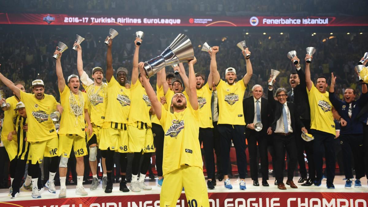 El Fenerbahce, campeón de la Euroliga. (AFP)