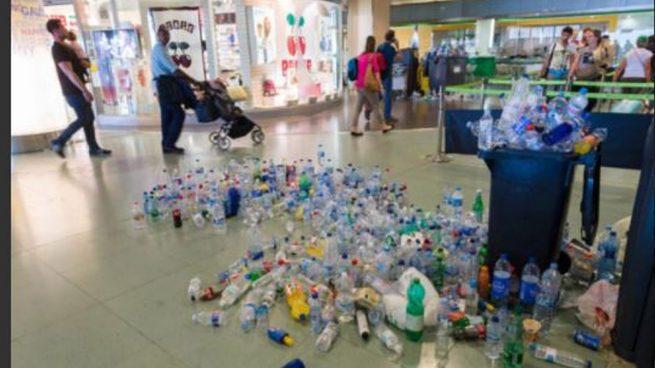 desconvocada la huelga de limpieza en el aeropuerto de ibiza