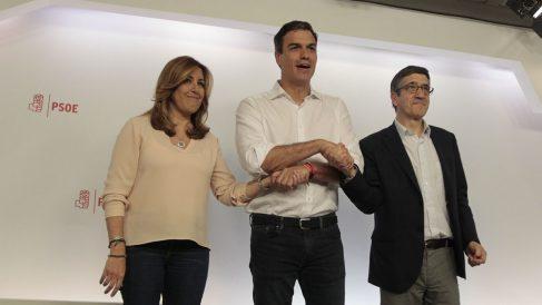 Susana Díaz, Pedro Sánchez y Patxi López. (Foto: Francisco Toledo)