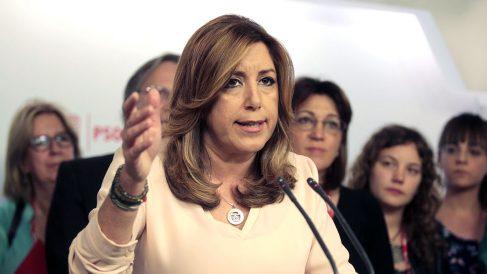 Susana Díaz comparece ante la prensa tras su derrota en las primarias. (Foto: Francisco Toledo)