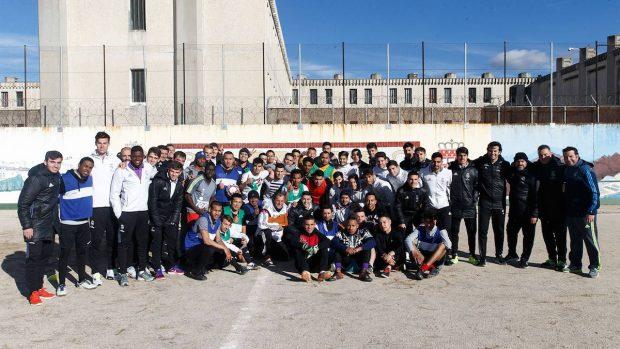 Actividad de la Fundación Real Madrid en un centro penitenciario.