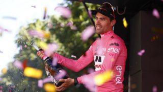 Dumoulin, vestido de rosa en el Giro de Italia. (AFP)