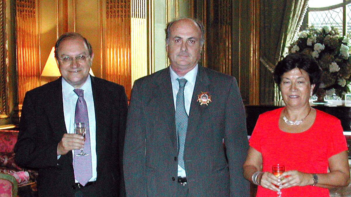 Manuel García-Castellón en el centro de la imagen.