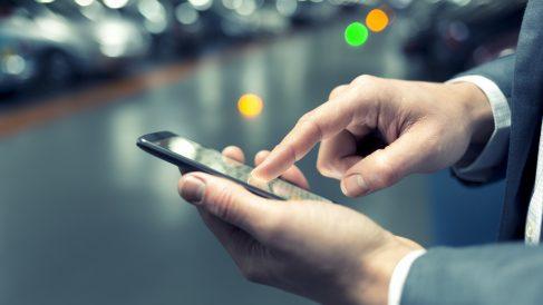 Telefónica se apunta a la batalla mundial contra la china Huawei, según la prensa alemana.