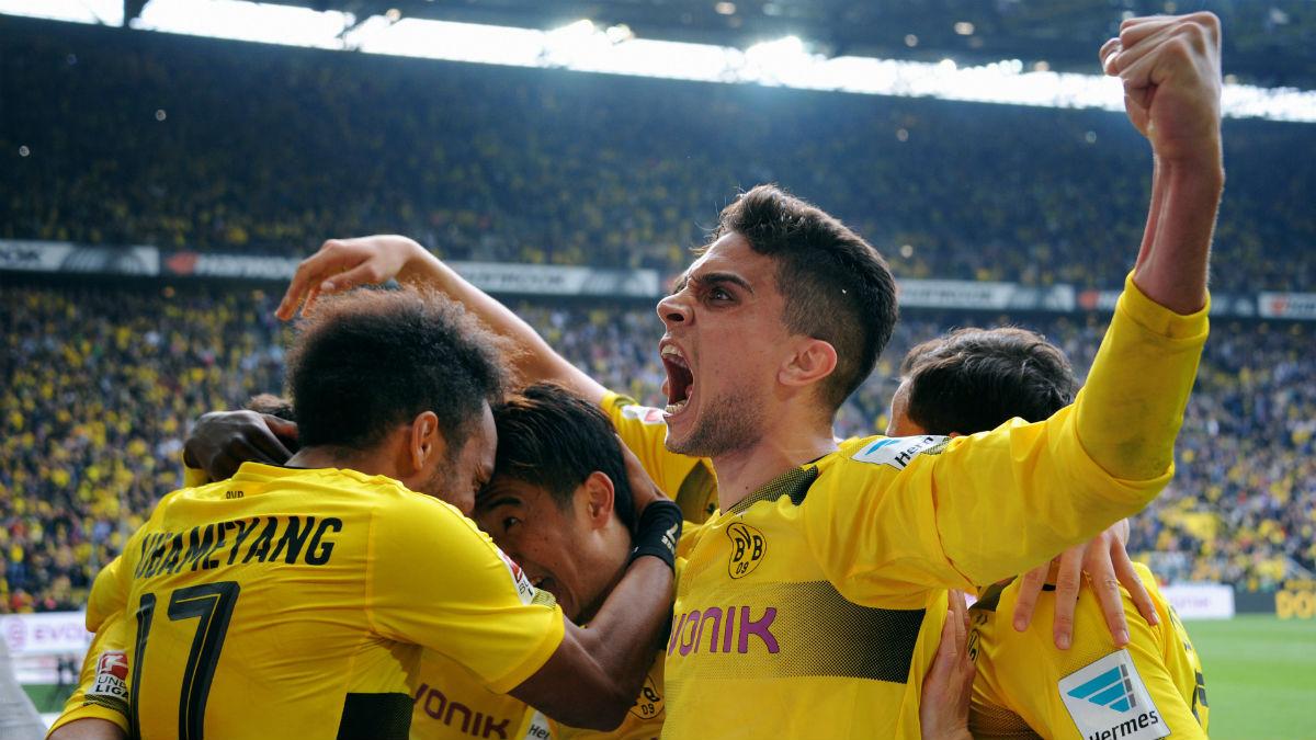 Marc Bartra celebra un gol con el Dortmund. (Getty)
